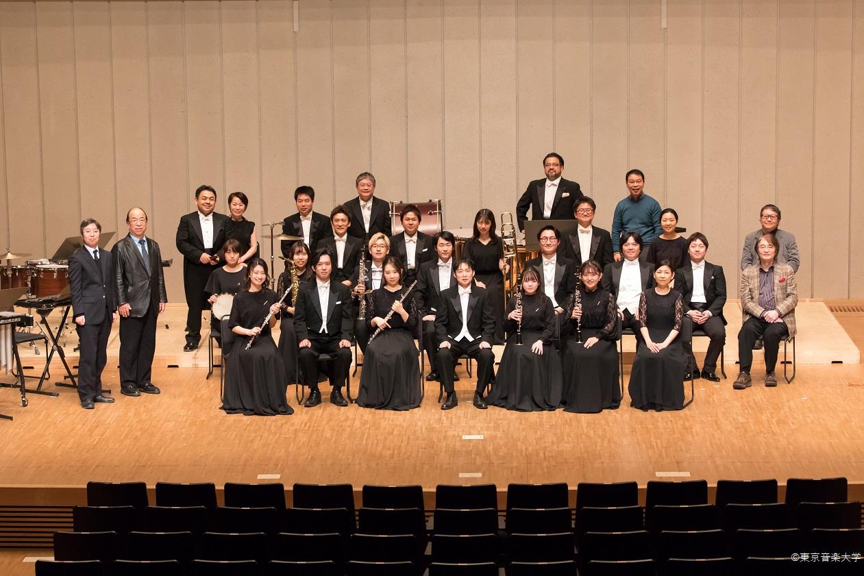 東京音楽大学吹奏楽アカデミー専攻生と講師による秋学期修了演奏会のレポートを掲載しました