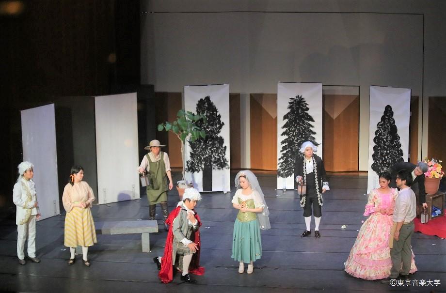 第56回芸術祭 オペラ研究サークル公演「フィガロの結婚」のレポートを掲載しました