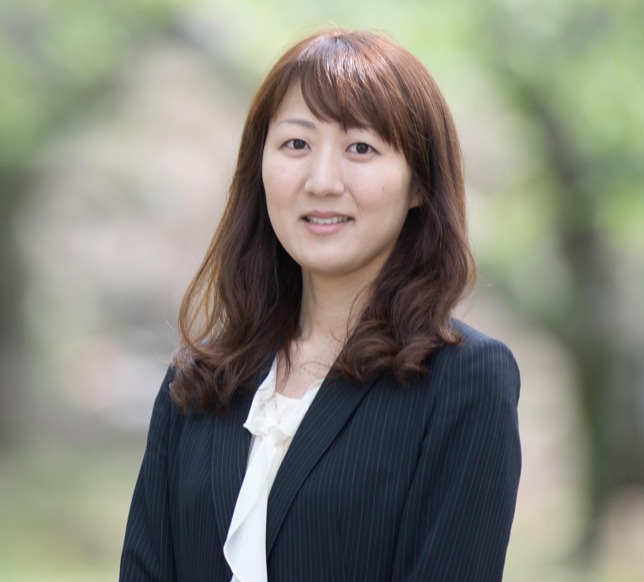 塩崎智子さん 弁護士